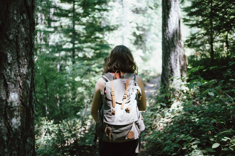 10 Eco-Friendly Travel Items You Need to Pack