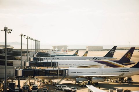 8 Fun Flight Delay Ideas for Teenage Groups