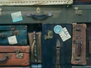 What happens to lost luggage that is never claimed?