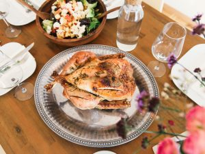 7 Ways to Give Back This Thanksgiving